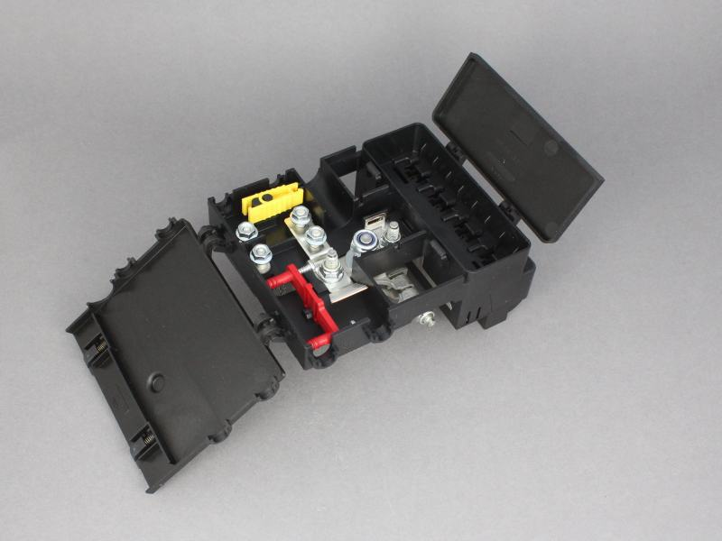 battery distribution  u0026 fuse box