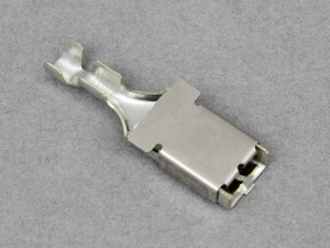 Maxi Blade Fuse Terminal - 1.5 - 2.5mm² Cable